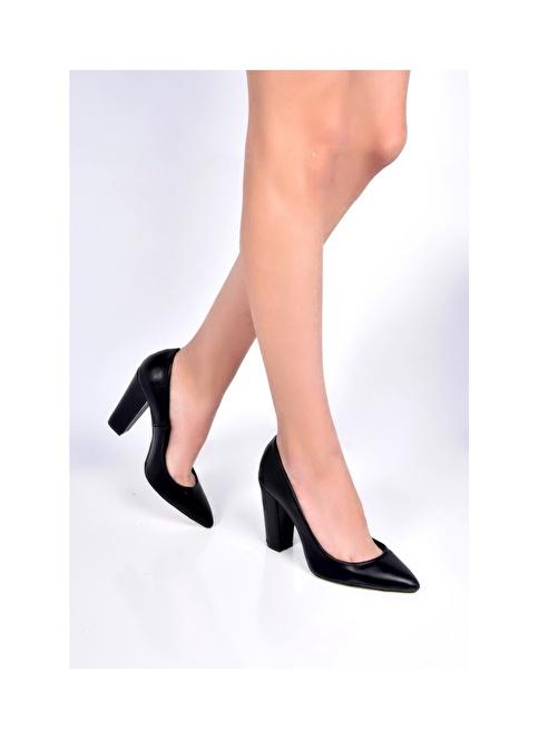 Sapin Kalın Topuklu Sivri Burun Ayakkabı Siyah